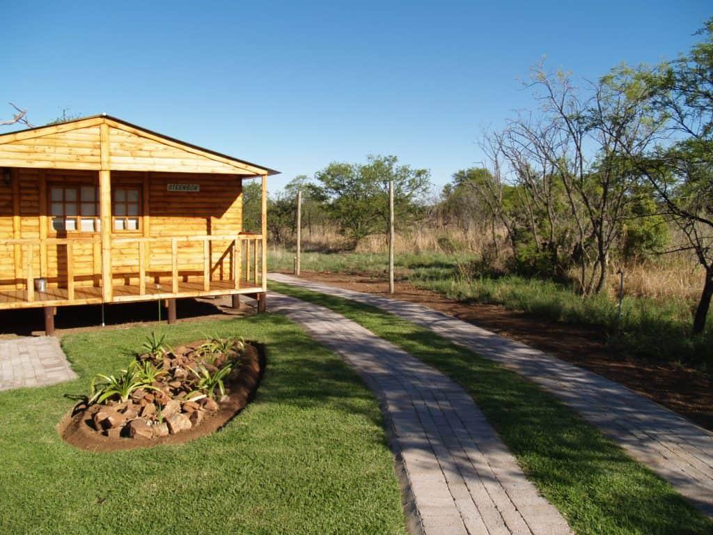 4 Sleeper Log Cabin