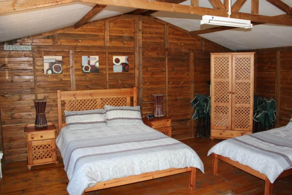 4 Sleeper Log Cabin